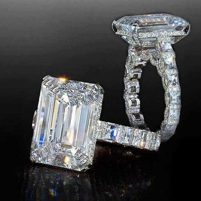 Emerald-Cut-Diamond-Engagement -Ring-Blaze -Pave-Heaven-Bez Ambar